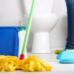 Cách tẩy rửa nhà vệ sinh bị hôi và vết bám bẩn hiệu quả