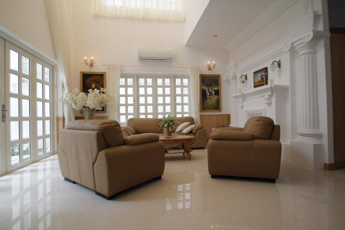Phòng khách là sự kết hợp của nghề nghiệp, sở thích, óc thẩm mỹ, sự giàu sang