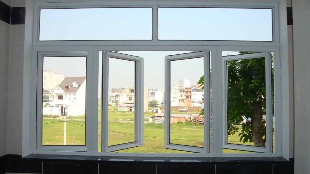 Mở cửa sổ vào buổi trưa những ngày nắng đẹp