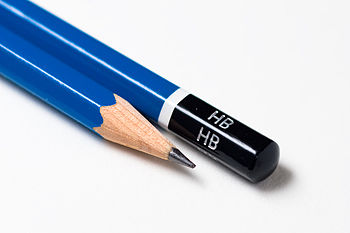 Đầu bút chì được xem như một chất bôi trơn