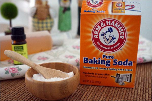 Baking soda có công thức hóa học là NaHCO3