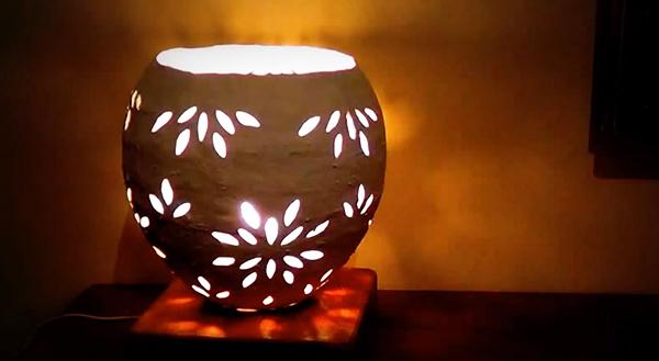 Đèn ngủ để bàn Handmade