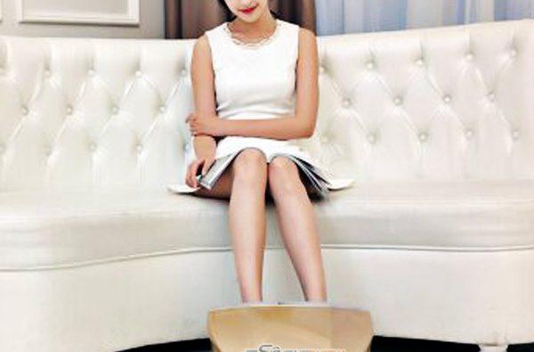 Máy massage bàn chân để tăng cường độ dẻo dai