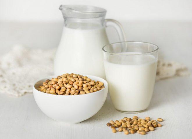 Sữa đậu nành có nhiều tác dụng với sức khỏe con người