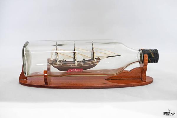 Thuyền trong chai trang trọng