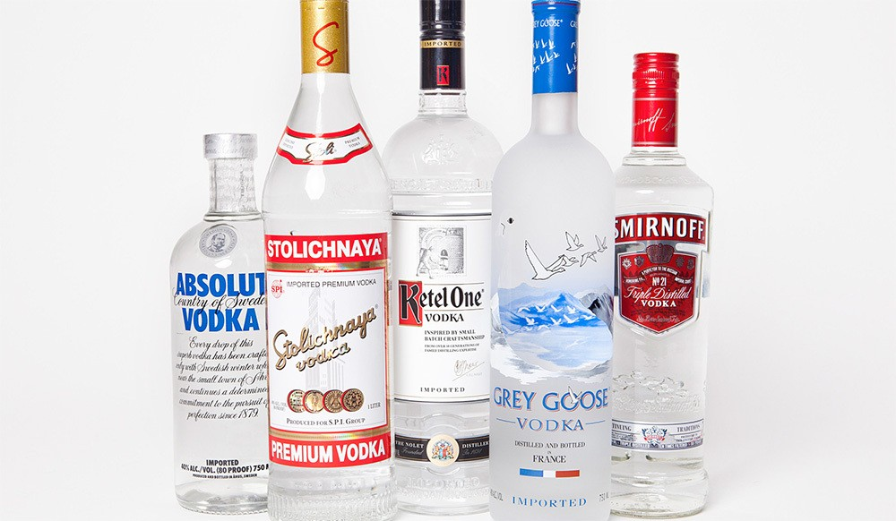 Tẩy trắng quần áo với rượu vodka
