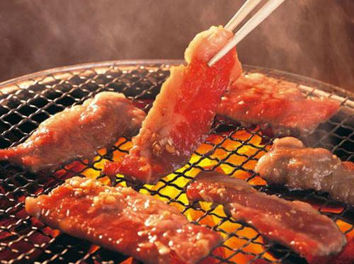tránh thực phẩm có tính nhiệt