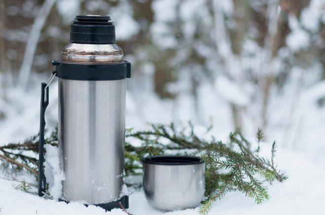 Bình giữ nhiệt nóng được khá nhiều người quan tâm vì độ tiện dụng của nó