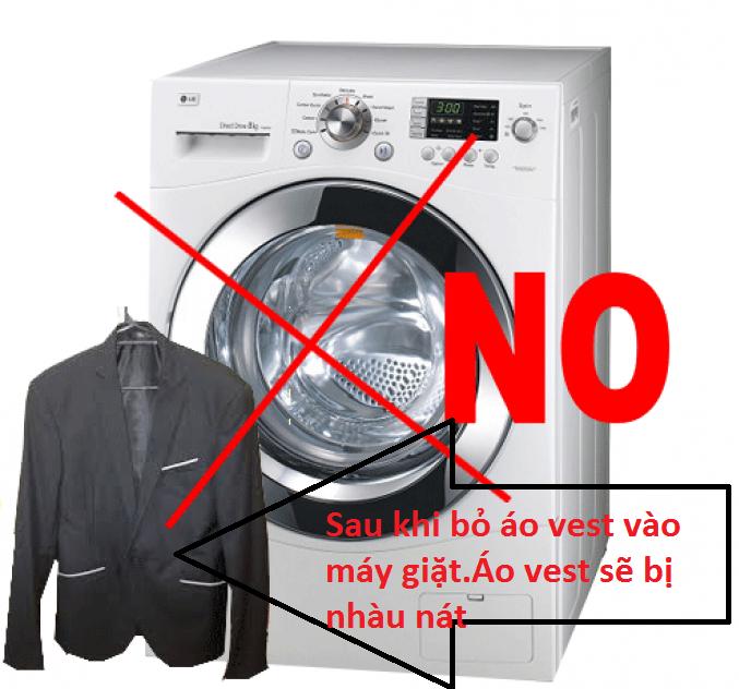 Tuyệt đối không giặt áo vest bằng máy giặt