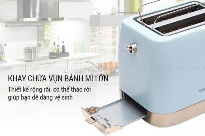 Sản phẩm có khay chứa bánh lớn, có thể tháo rời để vệ sinh