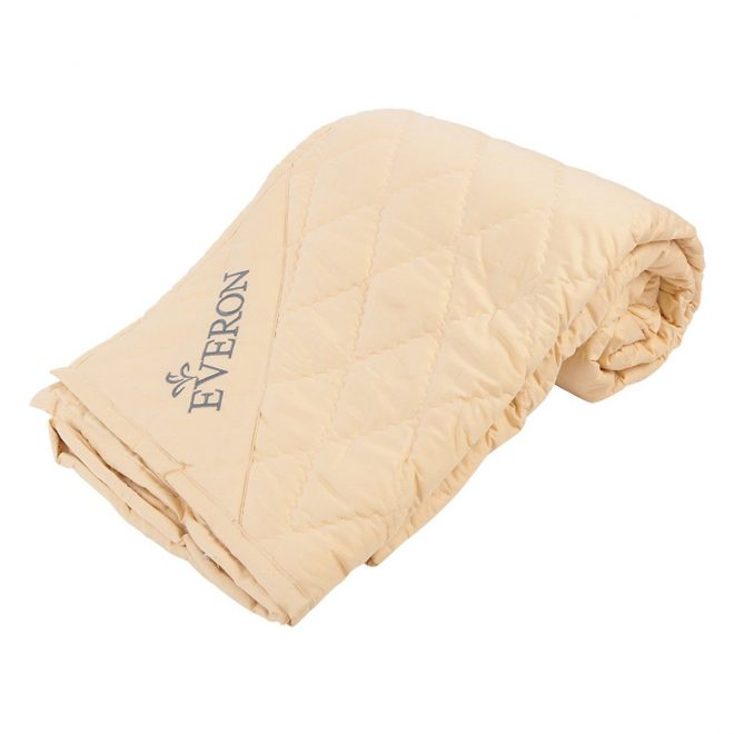 Tấm trải nệm Cotton Everon EPAD155195KM (1.55 x 1.95m)