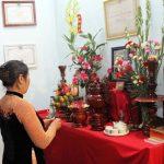 8 loài hoa không thích hợp với chốn thờ phụng