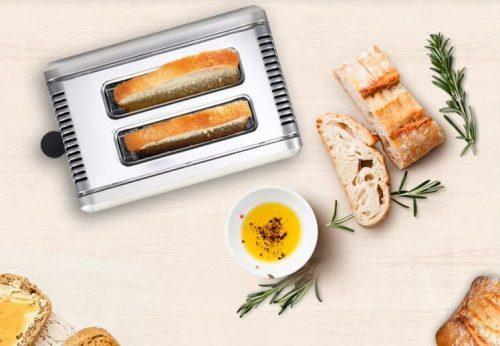 Máy nướng bánh mì sẽ là một vật dụng cần thiết với những gia đình thích ăn bánh mì