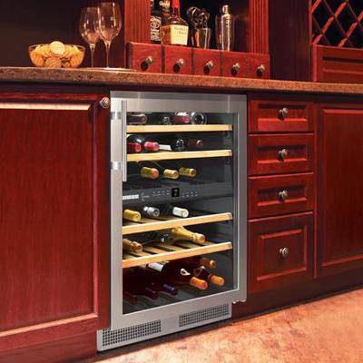 Tủ ướp rượu vang sẽ quyết định đến chất lượng của rượu vang.