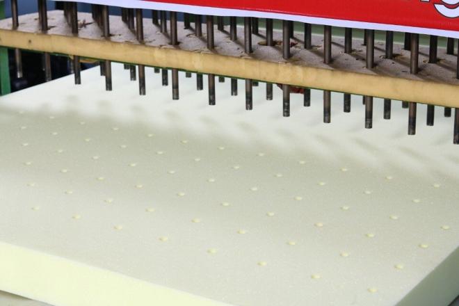 Nệm cao su non được thiết kế một cách hợp lý giúp bạn bảo vệ cột sống
