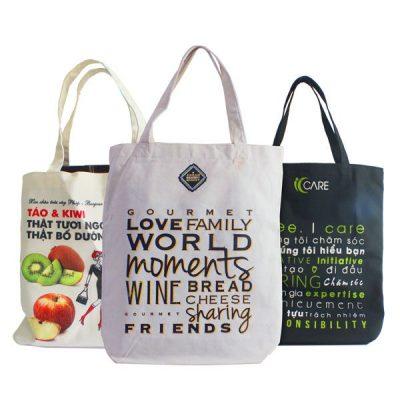 Có nhiều loại túi vải bạn có thể mang theo để mua sắm