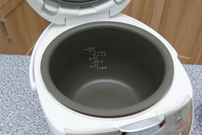 Nồi cơm điện Toshiba giúp cơm luôn chín đều và không bị nhão