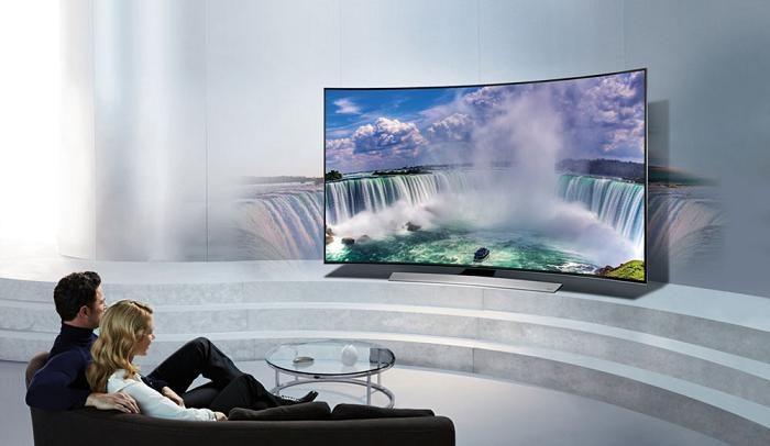 Tiv màn hình cong mang đến cho người xem nhiều trải nghiệm thú vị