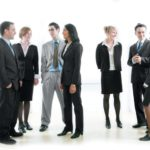 20 biểu hiện ngôn ngữ cơ thể phổ biến cần biết trong giao tiếp