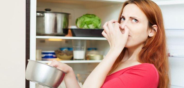những cách chữa mùi hôi hiệu quả cho tủ lạnh nhà bạn
