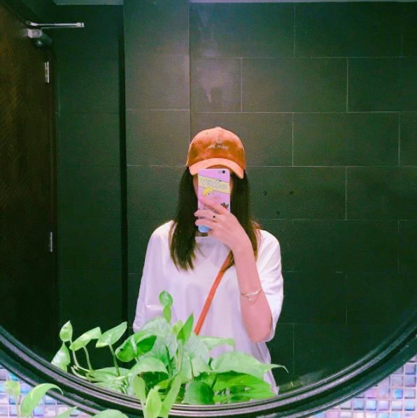 Chụp ảnh qua gương