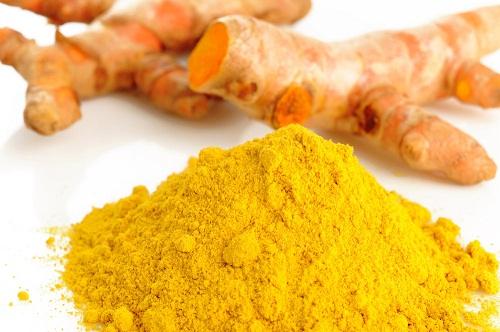 Cách tẩy tế bào chết bằng nước cam và tinh bột nghệ hiệu quả an toàn, mang đến làn da trắng mịn, tươi trẻ và ngăn ngừa mụn.