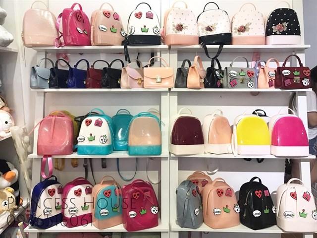 bo tui 9 shop ban phu kien dep doc la danh cho ban tre o sai gon 51b6e84d636322772192029570