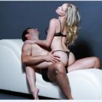 Ghế tình yêu là gì, tác dụng và các tư thế quan hệ phổ biến