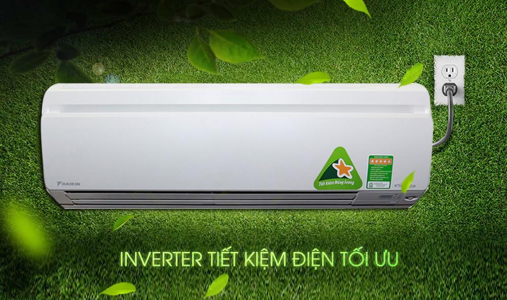 Máy lạnh Inverter Daikin FTKC25TVMV/RKC25TVMV sử dụng công nghệ Inverter tiết kiệm đến 60% điện năng