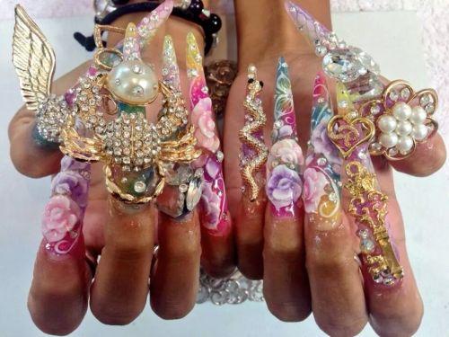 Những mẫu nail siêu độc lạ, bạn có giám thử????