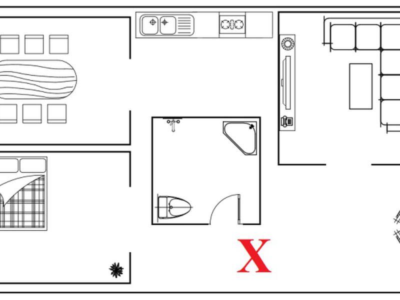Phòng vệ sinh là nơi sản sinh uế khí không tốt, nếu nó được đặt giữa nhà thì sẽ khiến tất cả các phòng trong ngôi nhà bị ô nhiễm uế khí, gây ảnh hưởng đến vận khí của cả gia đình, đó là một trong những điều cấm kỵ khi sửa nhà, xây nhà bạn cần biết.