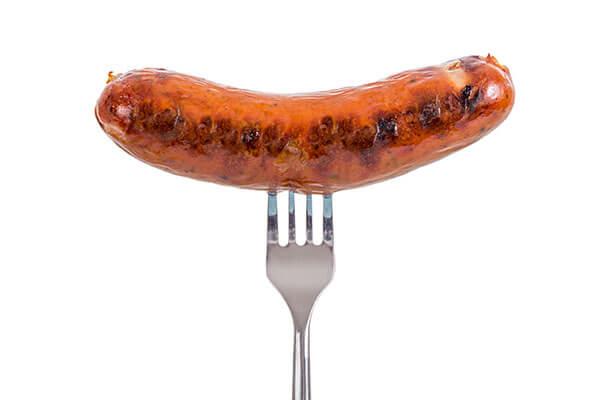 Đồ ăn nhanh làm bạn khó chịu hơn trong kỳ kinh