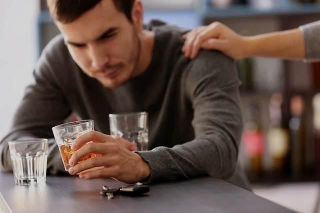 Đàn ông khi say thay đổi thế nào