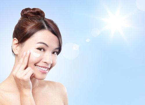 Kem chống nắng giúp bảo vệ da