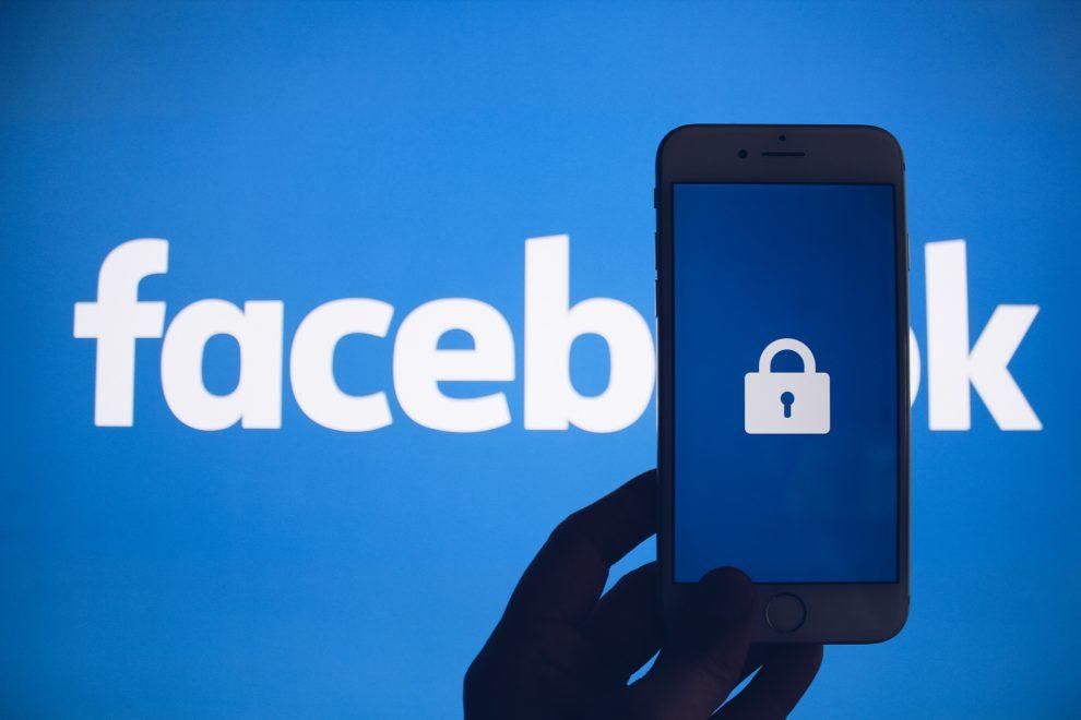Facebook là mạng xã hội hàng đầu