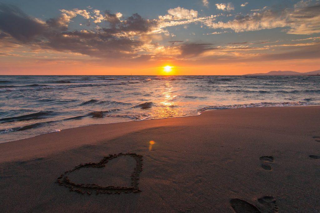 Hãy cùng nhau sưởi ấm tình yêu đẹp