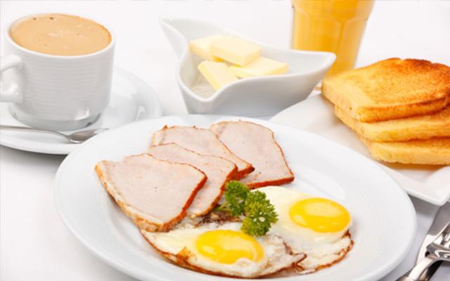 Không ăn bánh trung thu thay bữa sáng