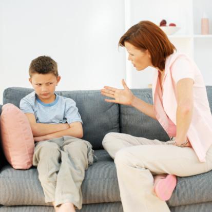 Phạt con không nên theo cảm tính