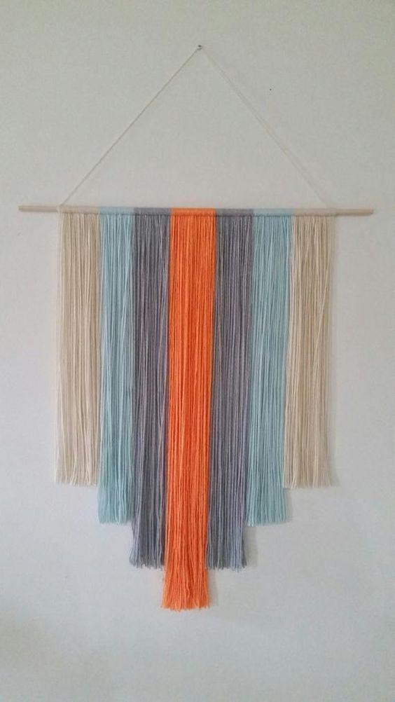 Tấm màn len với nhiều màu sắc để treo tường