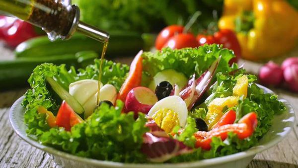 cach lam salad tron vua ngon