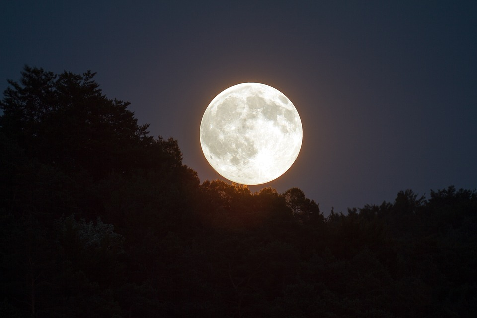 full moon YHY5764 960 720 (1) FGVRFGVRFV RFRFEFDE