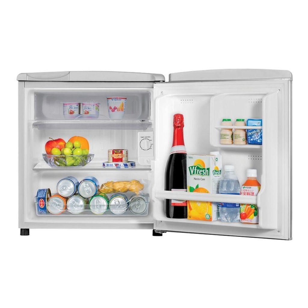 Tủ Lạnh Mini Aqua AQR-55ER-SS (50L) bên trong