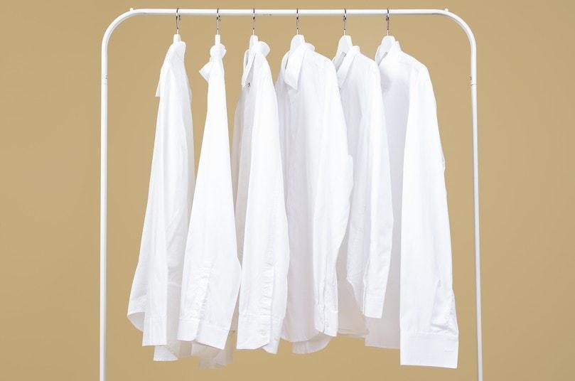 áo sơ mi màu trắng
