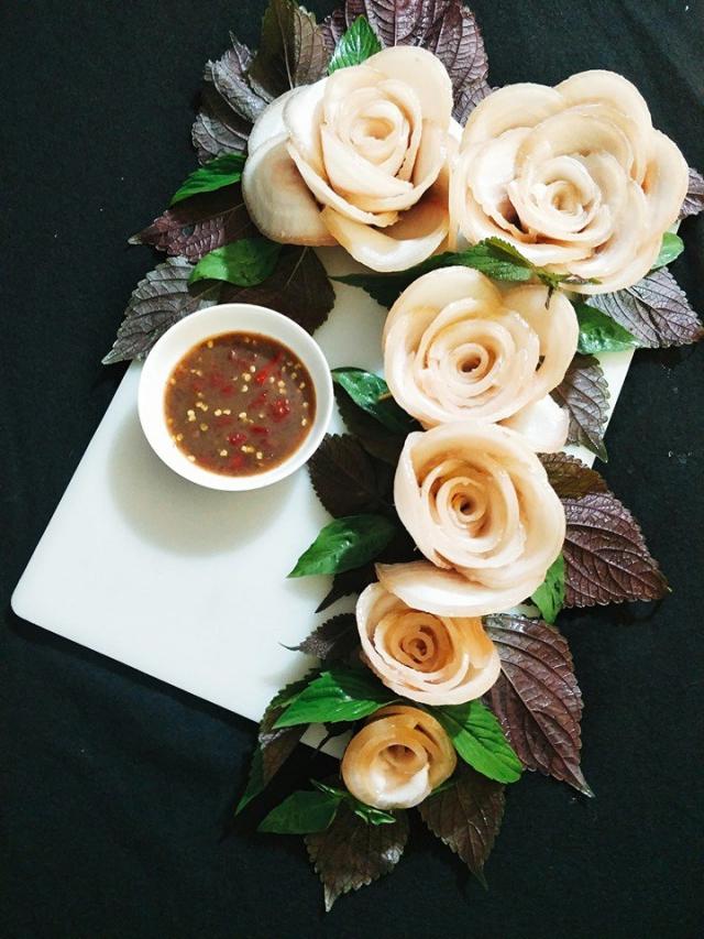 Hoa thịt luộc vô cùng đẹp mắt