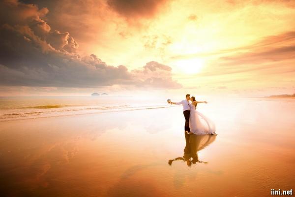 Hôn nhân là bến bờ hạnh phúc