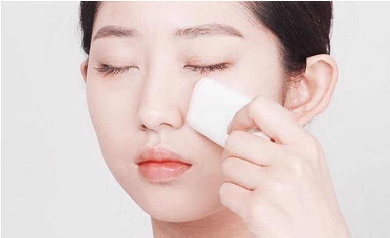 Innisfree Extreme UV Protection Stick dễ sử dụng, tiện lợi