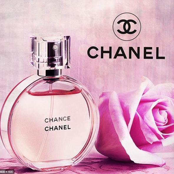 Nước hoa Eau Tendre hồng quyến rũ thơm lâu