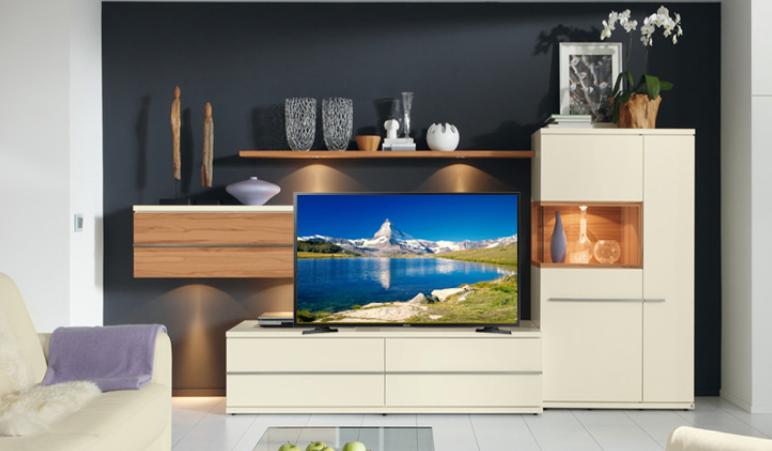 Smart Tivi Samsung 32 inch UA32N4300 có tốt không.