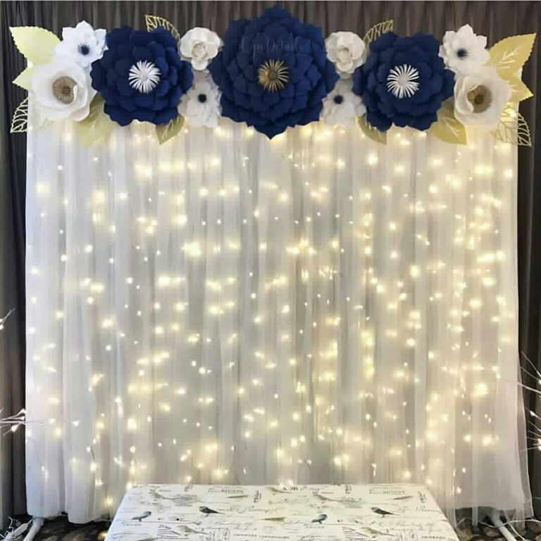 backdrop bằng hoa giấy nhún