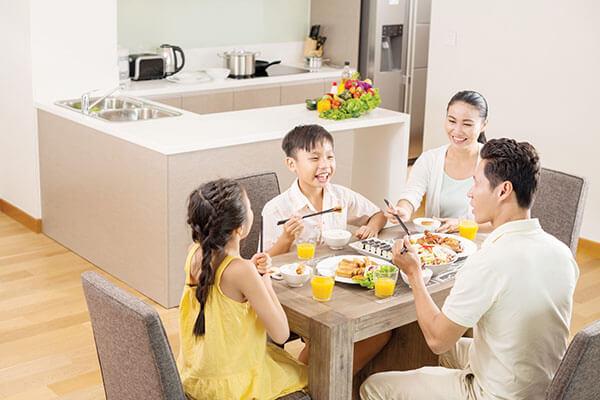 Bữa cơm cùng gia đình